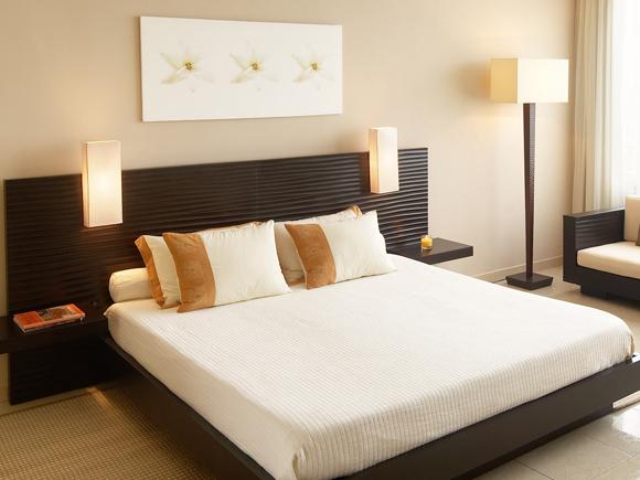 Маленькая спальня для молодых