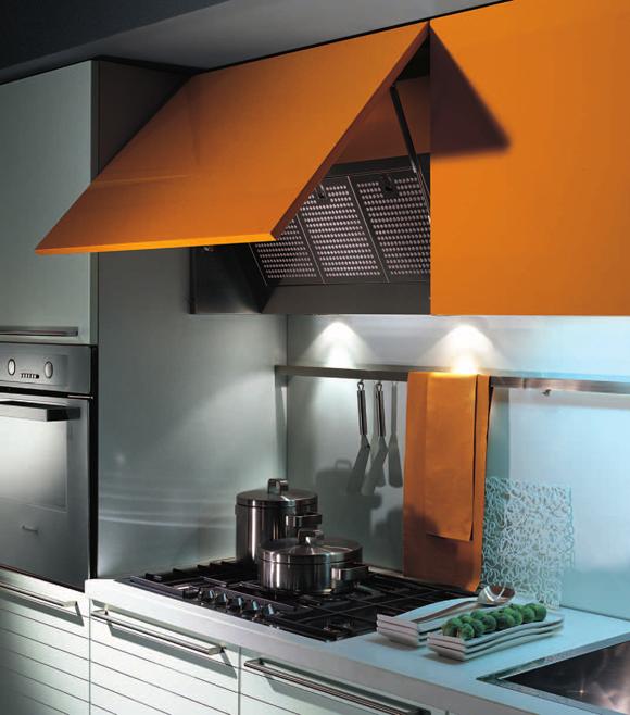 Встроенная мебель для маленькой кухни